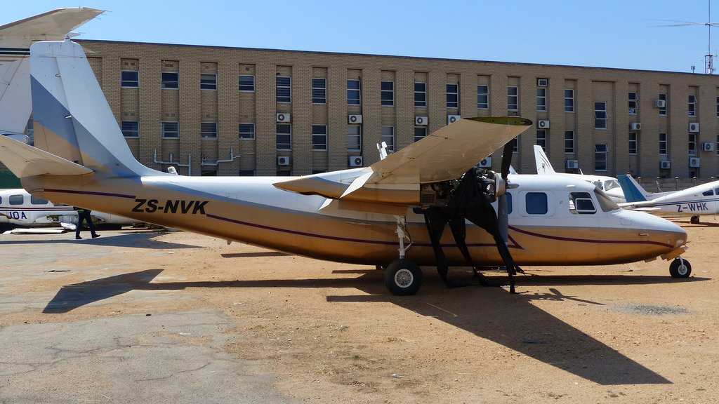 Picture-of-Aero Commander 680FL Grand Commander-Aircraft gallery