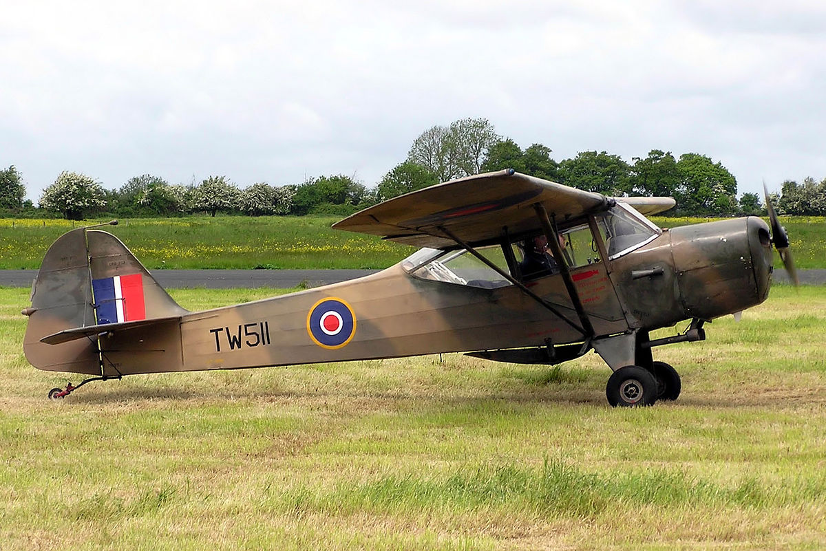 Picture-of-Auster-Aircraft gallery