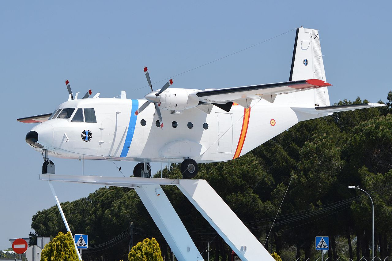 Picture-of-Aviocar 212-100-Aircraft gallery
