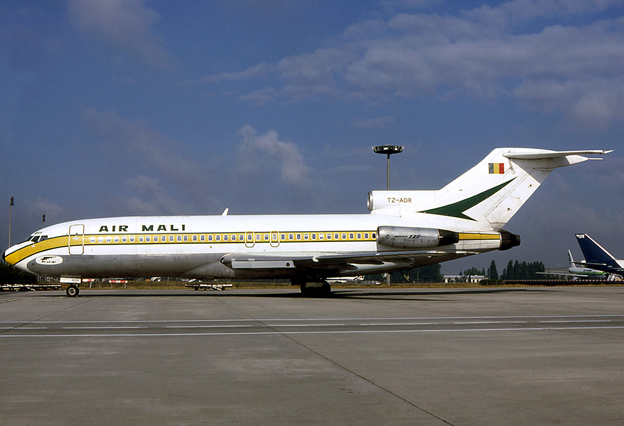 Picture-of-Boeing 727-100C-Aircraft gallery