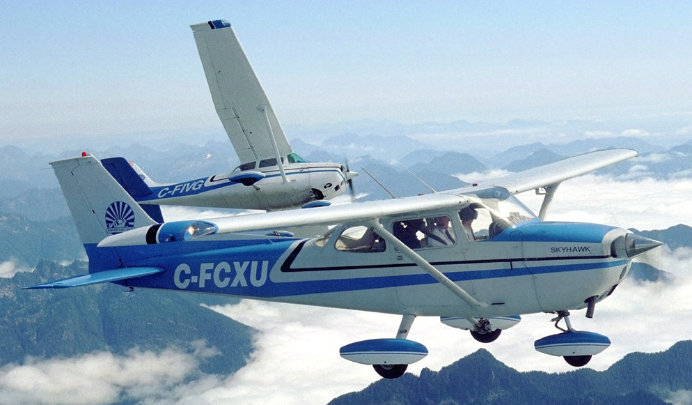 Picture-of-Cessna 172F Skyhawk-Aircraft gallery