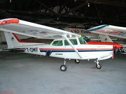 Picture-of-Cessna 172RG Cutlass-Aircraft gallery