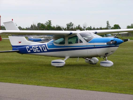 Picture-of-Cessna 177 Cardinal-Aircraft gallery