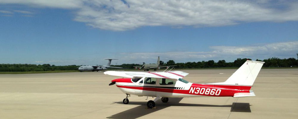 Picture-of-Cessna 177B Cardinal-Aircraft gallery