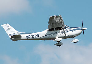 Picture-of-Cessna 182A Skylane-Aircraft gallery