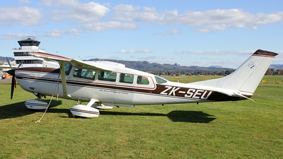 Picture-of-Cessna 207A Stationaire 8-Aircraft gallery