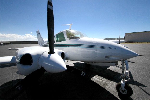 Picture-of-Cessna 310Q Turbo-Aircraft gallery