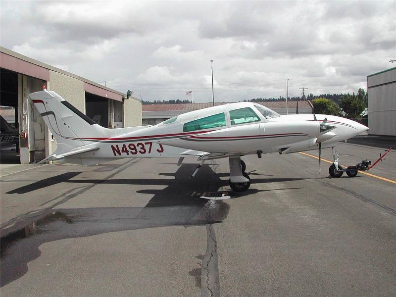 Picture-of-Cessna 310R Turbo-Aircraft gallery