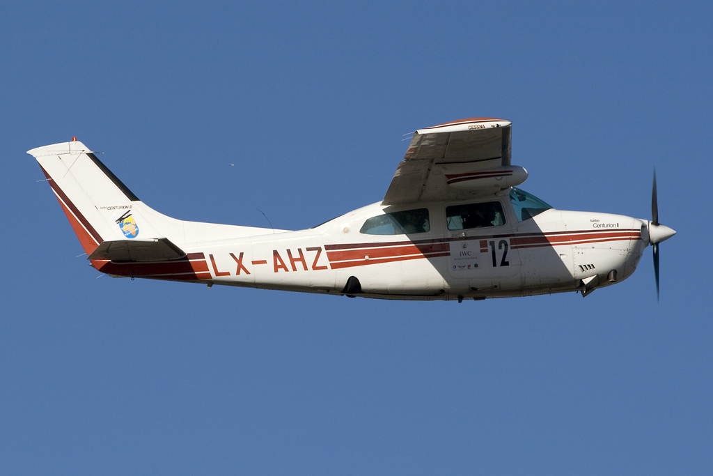 Picture-of-Cessna T210 Turbo Centurion-Aircraft gallery