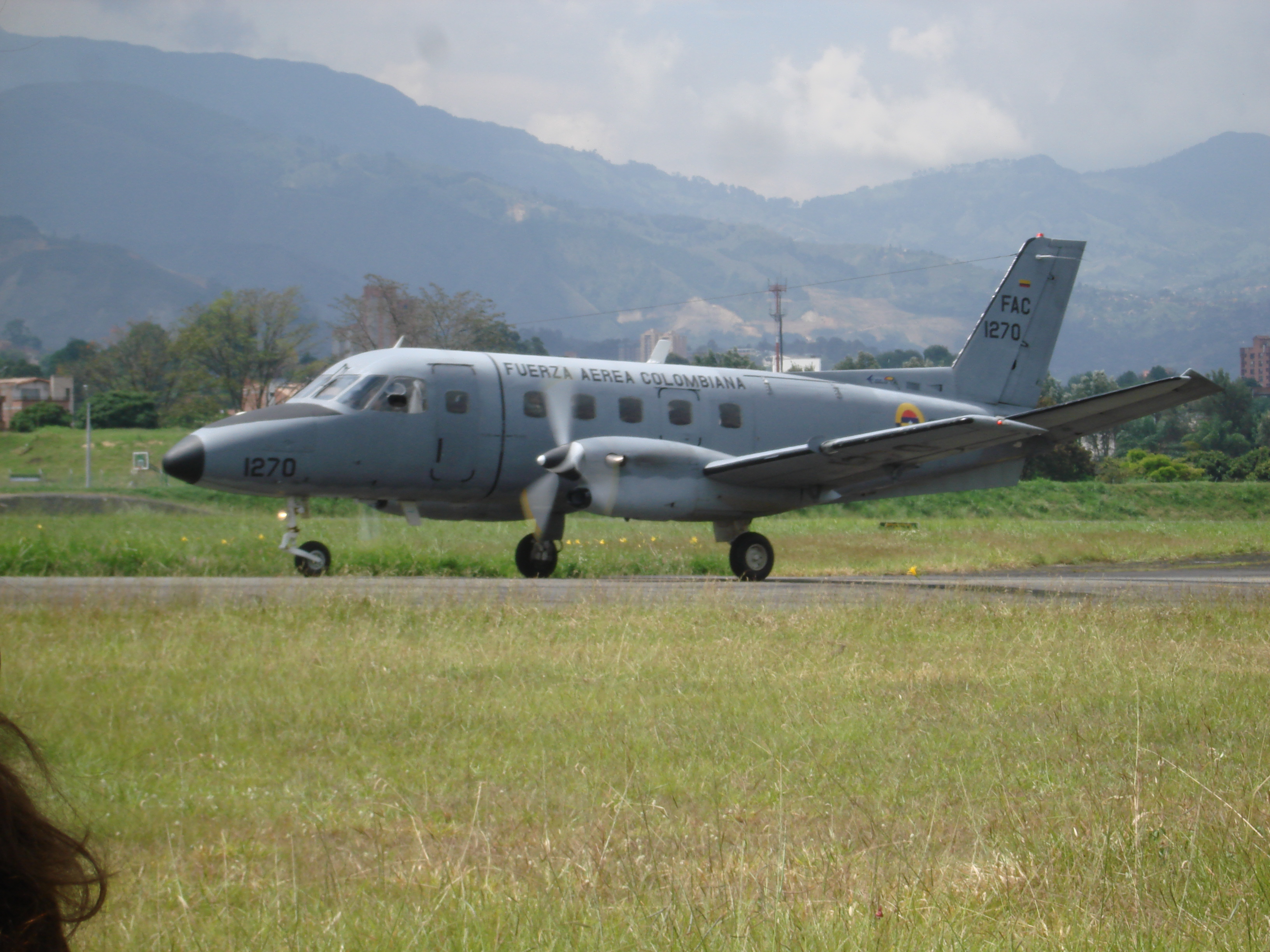 Picture-of-EMB 110 Bandeirante-Aircraft gallery