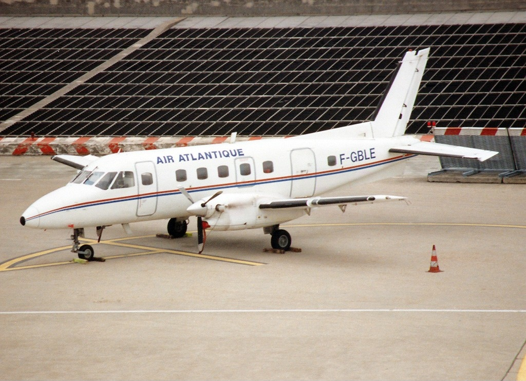 Picture-of-EMB 110P2 Bandeirante-Aircraft gallery