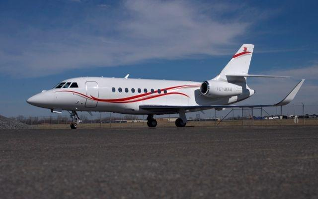 Picture-of-Falcon 2000LX-Aircraft gallery