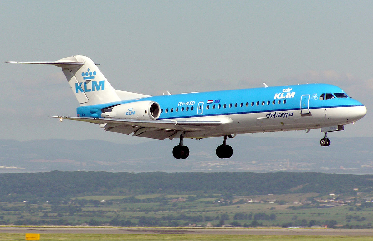 Picture-of-Fokker 70-Aircraft gallery