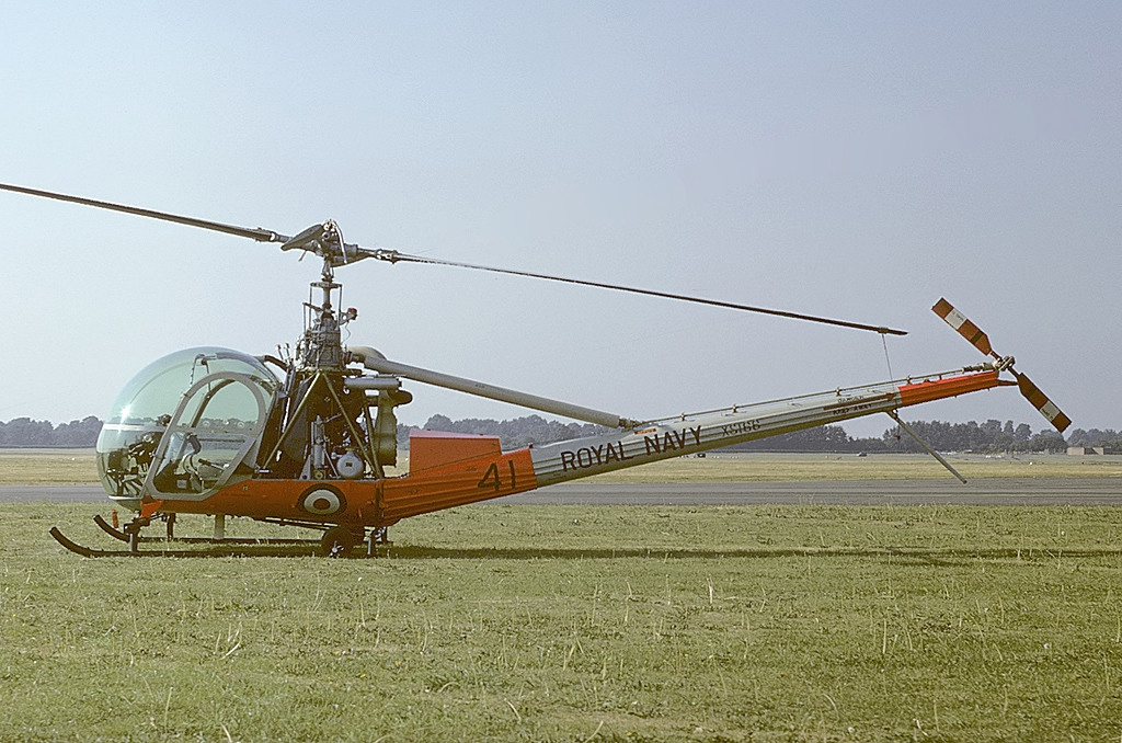 Picture-of-Hiller UH-12E-Aircraft gallery