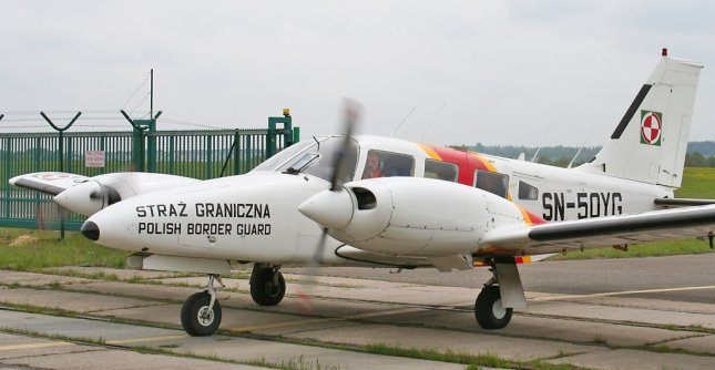 Picture-of-PZL M-20 Mewa-Aircraft gallery
