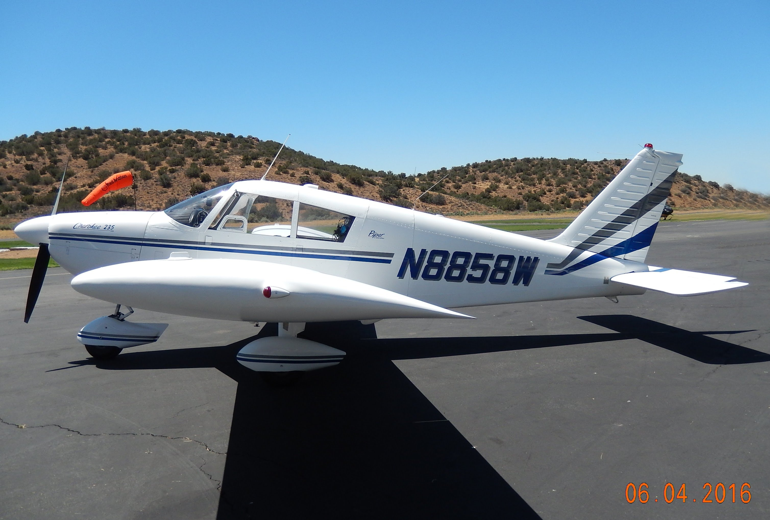 Picture-of-Piper PA-28-235 Cherokee Pathfinder-Aircraft gallery