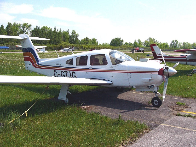 Picture-of-Piper PA-28RT-201 Arrow IV-Aircraft gallery