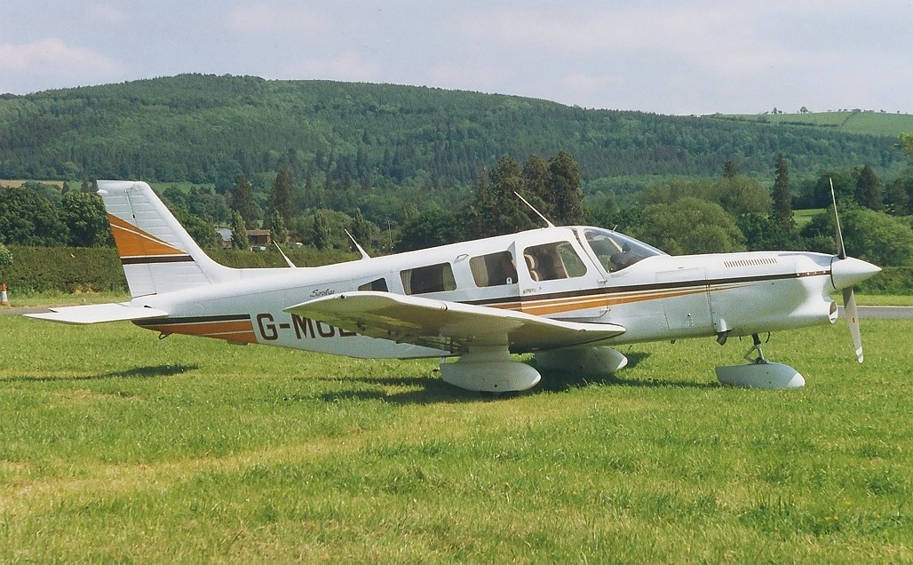 Picture-of-Piper PA-32-301T Turbo Saratoga-Aircraft gallery