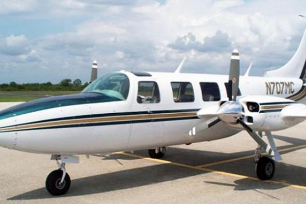 Picture-of-Piper PA-61P Aerostar-Aircraft gallery