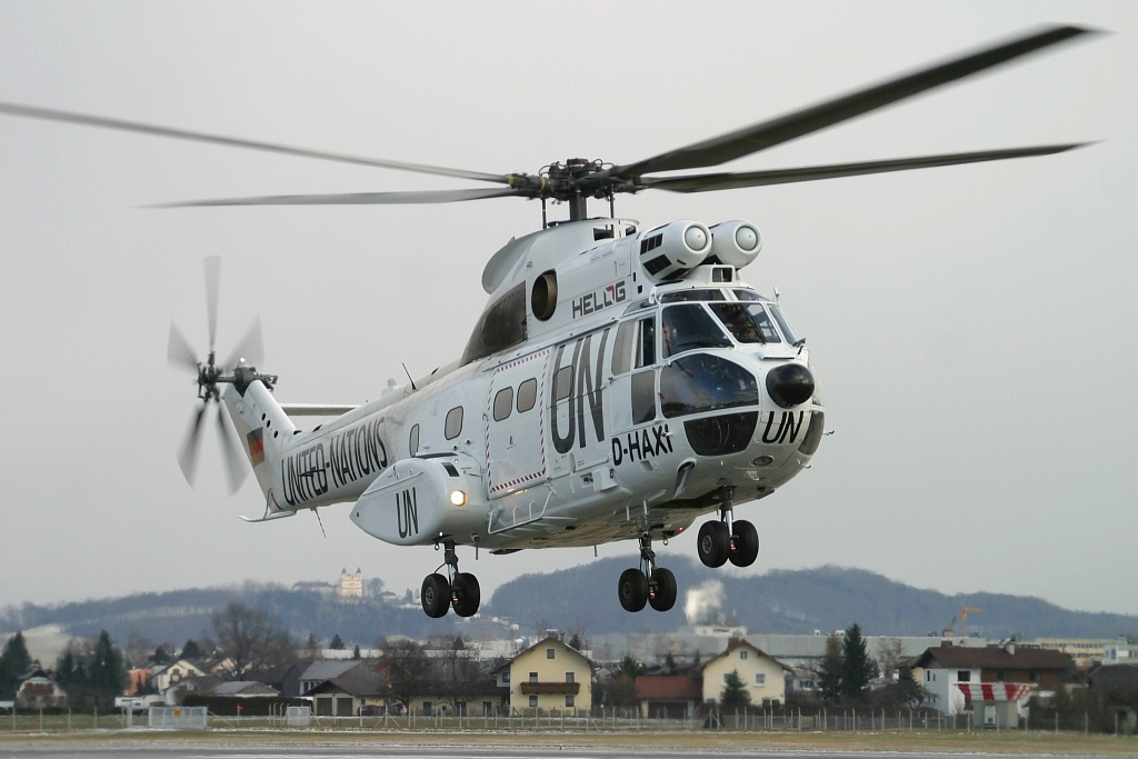 Picture-of-SA-330J Puma-Aircraft gallery