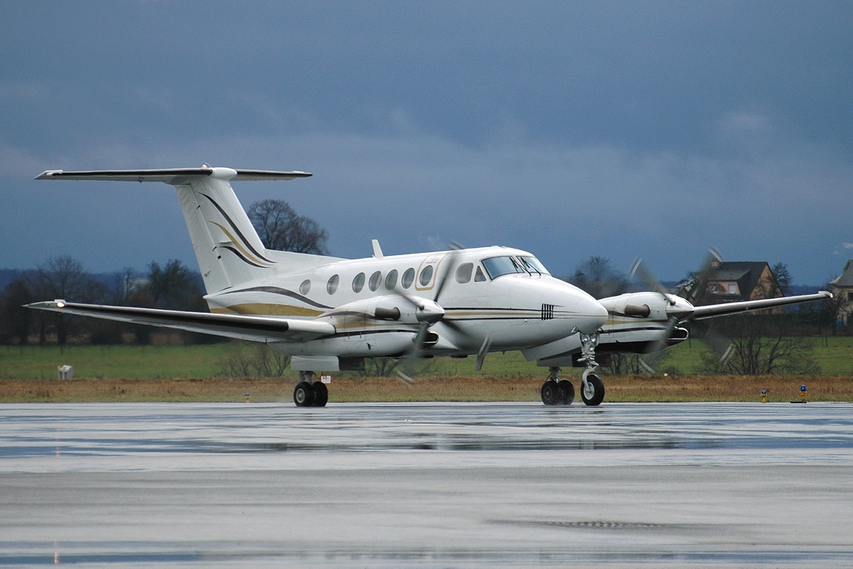 Picture-of-Super King Air 300LW-Aircraft gallery