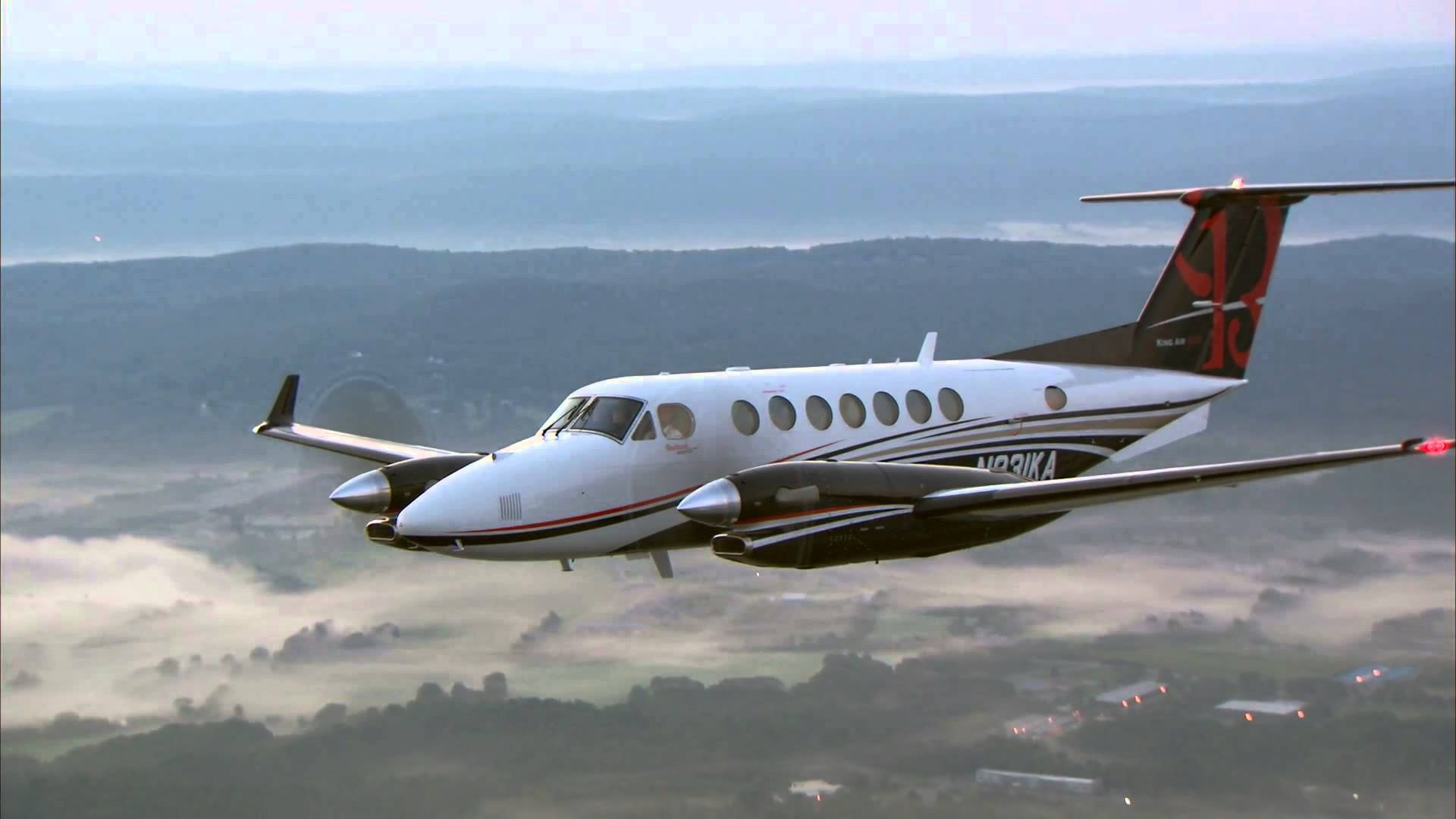 Picture-of-Super King Air 350iER-Aircraft gallery