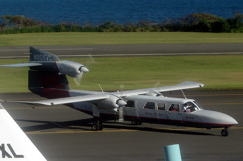 Picture-of-Tri-Islander-Aircraft gallery