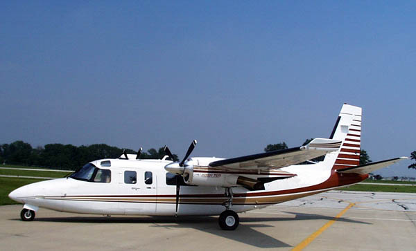 Picture-of-Turbo Commander 690B-Aircraft gallery